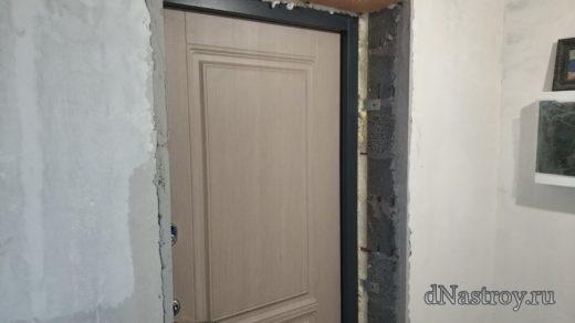 Откосы из ламината на входную дверь